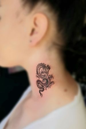 Done by me Little dragon neck tattoo Tiago Silva