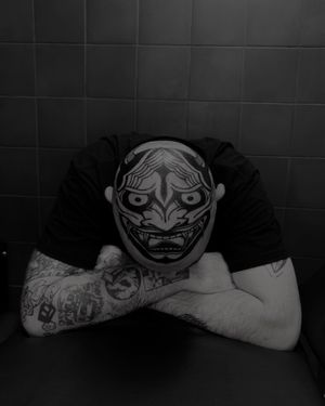 Some Rare headtattoo . Hannya this time.