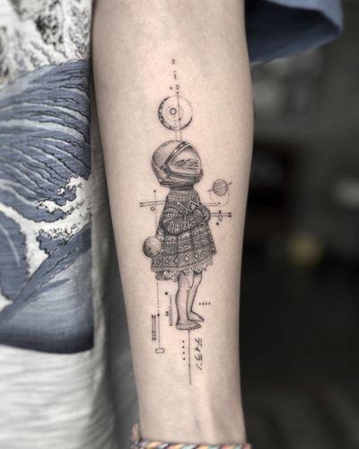 Stellar Dream #singleneedletattoo #finelinetattoo #astronauttattoo