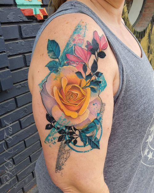 Watercolor yellow rose #watercolor #watercolortattoo #rose #rosetatoo  #pnwtattoo #portlandtattoo  #corvallis  #oregontattooartist