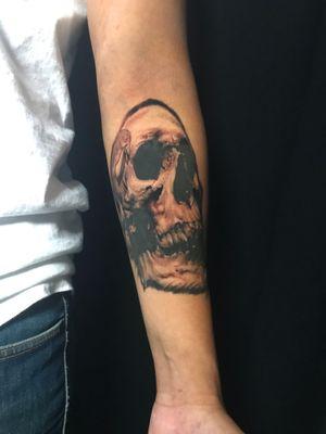 Fun skull that I tattooed awhile back 💀 #denvertattoo #denvertattoos #denvertattooartist #denvertattooer #denvertattooshop #coloradotattoo #coloradotattooartist #coloradotattooers #coloradotattoos #skull #skulltattoo #blackandgrey #blackandgreytattoo