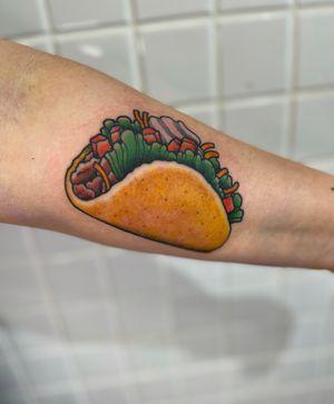 Forget Taco Tuesday! Taco Wednesday! #tattoo #tattoos #tattooist #tattooartist #trad #tradtattoo #traditional #besttradtattoo #besttraditionaltattoos #boldwillhold #brightandbold #tattoosofinstagram #ladytattooer #ohio #ohiotattooer
