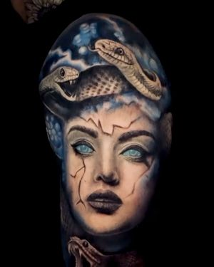 """""""In Greek mythology, Medusa was a monster, a Gorgon, generally described as a winged human female with living venomous snakes in place of hair. ... Her hair of snakes and reptilian skin are symbolic of the natural cycle of birth, death, and rebirth."""" • • • • • • #vancouver #vancouverisland #604 #langley #olympicvillage #medusatattoo #medusa #strength #snake #richmondbc #granvilleisland #mainstreet"""