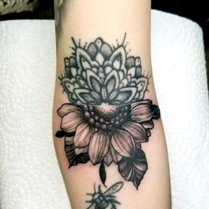 Cute little stylized black and grey piece