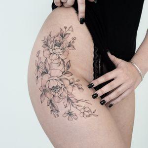 Tattoo by Tizia Tal