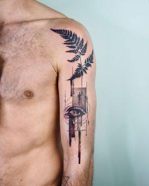 Surreal tattoo by Denis Verba #DenisVerba #surreal #eye #fern #leaf #nature #upperarm