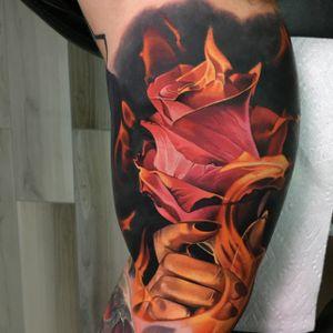 Handle hot rose