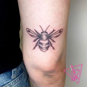 Hand-Poked Bee Tattoo by Pokeyhontas @ KTREW Tattoo - Birmingham, UK #handpokedtattoo #handpoke #stickandpoke #bees #beetattoo #tattoos #elbow #birmingham