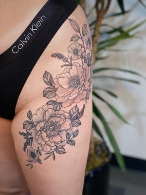 Mostly healed with half fresh shading on this floral piece