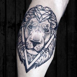 Dotwork lion tattoo #lion #geometric #liontattoo
