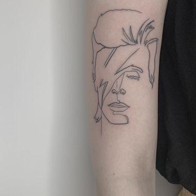 David Bowie. #davidbowie #bowie #fineline #illustrative