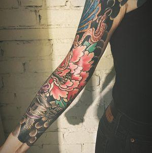 Full sleeve of flowers. #flowers #armsleeve #sleeve #fullsleeve #japanese
