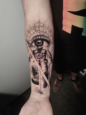 based on unknown #cosmonaut #astronaut #tattoo #inkart #forearmtattoo #geometrytattoo