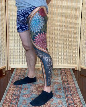 Hanabi leg sleeve.
