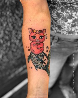 C A T F I S H E D . . . #fun and #colorful #mercat by @garethdoyetattoos for @yves_saint_lauren89  . . . SAME DAY BOOKINGS AVAILABLE. . . . DM: @kakluckytattoos Call - 021/422/2963 Email - info@kakluckytattoos.com . . . #tattoo #tattoos #kaapstad #capetown #kakluckytattoos #peony #art #artistsoninstagram #art  #capetowntattoo #bangers #smalltattoos #wedoitall #artist #mood #gettattooed #instagood #love #colortattoos #cutie