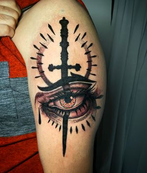 Stiletto Dagger and Eye