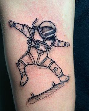 #astronaut #skate