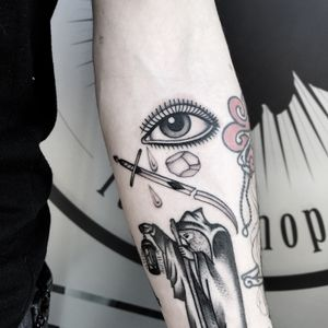 #totemica #buioOmega #tunguska #black #sword #eye #egg #filler #tattoo #originalsintattooshop #nogara #italy #blackclaw #blacktattooart #tattoolifemagazine #tattoodo