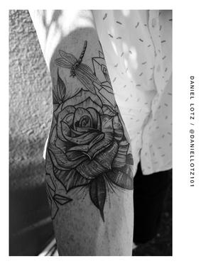 Petal Potential . . . . #rosetattoos by @daniellotz101 . . . WALK-INS WELCOME . . . DM: @kakluckytattoos Call - 021/422/2963 Email - info@kakluckytattoos.com . . . #kakluckytattoos #planttattoo #tattoo #botanicaltattoo #botanicaltattoos #botanicalillustration #kakluckytattoos #capetowntattoos #naturalbeauty #nature #blackwork #fresh #mustloveplants #bigmood #inked #instagood #instadaily