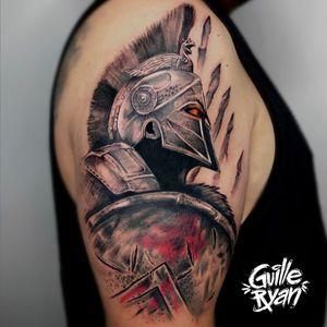 Algo diferente de lo que suelo hacer ! Tattoo hecho en @whynot.tattoo Para @jokavian17 Citas a guilleryanarttattoo@gmail.com . ¡Espartanos! ¡Hagan un buen desayuno, porque esta noche cenaremos en el infierno! -Rey Leónidas. . . . . #espartanos #warrior #spartan #blackandgrey #barcelonatattoo #tattoobarcelona #tatuajesdeautor
