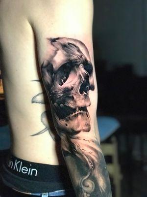 Skull tattoo done at my guest spot in San Jose, CA. #denvertattoo #denvertattoos #denvertattooartist #denvertattooer #denvertattooshop #coloradotattoo #coloradotattooartist #coloradotattooers #coloradotattoos #sanjosetattoos #bayareatattoos #sanjosetattooartist #bayareatattooartist #bayareatattoo #skull #skulltattoo #blackandgrey #blackandgreytattoo #darkart