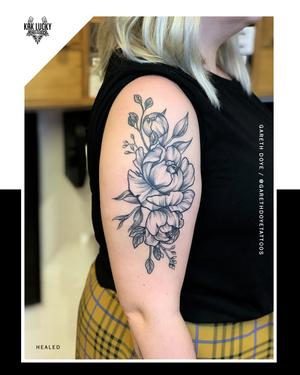 🌸 牡 丹 🌸 . . . . #healedtattoo by @garethdoyetattoos  . . . . WALK-INS WELCOME . . . DM: @kakluckytattoos Call - 021/422/2963 Email - info@kakluckytattoos.com . . . #kakluckytattoos #planttattoo #tattoo #botanicaltattoo #botanicaltattoos #botanicalillustration #kakluckytattoos #capetowntattoos #naturalbeauty #nature #blackwork #fresh #mustloveplants #bigmood #inked #instagood #instadaily