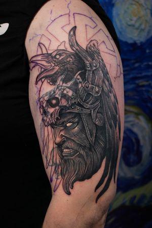 Cover up in progress. Gray inks ;) #dktattoos #dagmara #dagmarakokocinska #coventry #tattoo #tattoos #tattooideas #tatt #tattooist #tattooedmen #tattooformen #killerbee #immortalinnovations #pantheraink