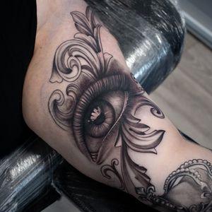 Part of sleeve. Still a lot to do 😊 #dktattoos #dagmara #dagmarakokocinska #coventry #tattoo #tattoos #tattooideas #tatt #tattooist #realistictattoo #blackandgraytattoo #tattooedwomen #tattooforwomen #tattooedllama