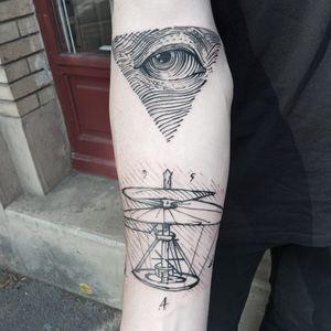Da Vinci. 🌑 #blacktattoos #davtattoos