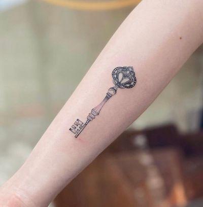 Magic key 🔑 Nothingwild Tatouage Paris