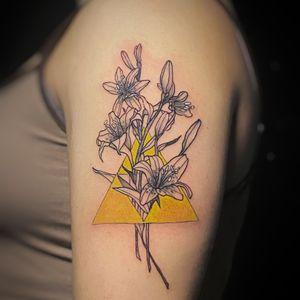 Triforce + Lilies