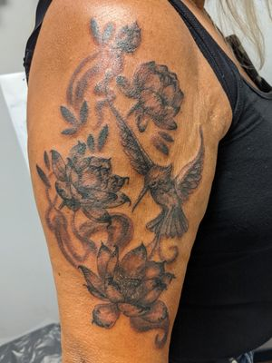 Custom hummingbird and flowers