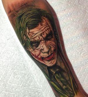 The Joker #jokertattoos #realismtattoo #colorrealism #portraittattoos #armtattoo