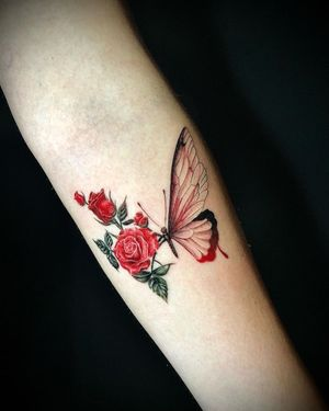 Butterfly + roses #colortattoos #realism #flowertattoo #butterflytattoo #colorrealism #armtattoo