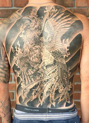 Full Back Phoenix!! #phoenixtattoo #blackandgreytattoo #staugustinetattooartist #floridatattooartist #inkedlife #tattoolovers #fullbacktattoo #japanesetattoo #tattooart #tattoos