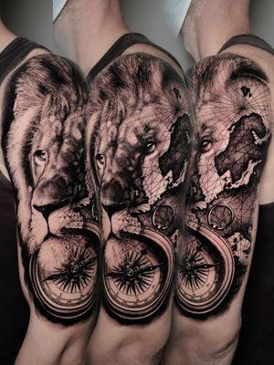 2 days in a row #lion #liontattoo #compasstattoo #maptattoo #blackngrey #blackgreytattoo #shouldertattoo #germany #bonn #lietuvostattoo