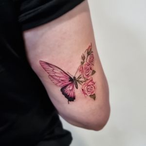 🦋 #butterfly #pinktattoo #girlytattoo