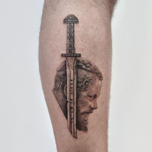 Ragnar Lothbrok ⚔ #vikingtattoo #ragnar #vikings #realistictattoo