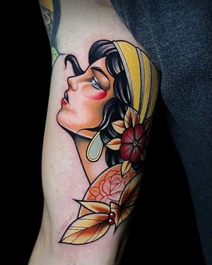 Traditional lady #traditionaltattoo #colortattoo #armtattoo