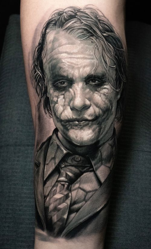 Amazingly talented artist Zhimpa Moreno made a realism joker put on a happy Face!!!! Book now !!