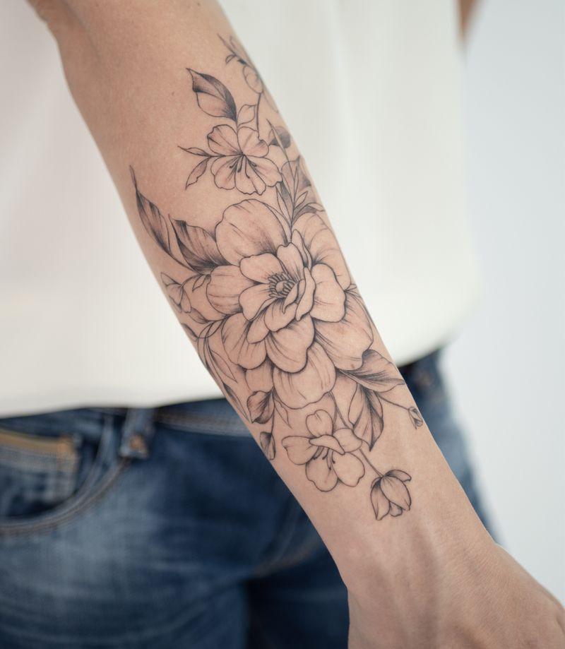 Tattoo from Tizia Tal
