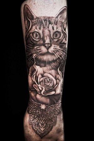 Comment, save, share and tag if you like this work.⠀ Artist @inked.bytris ⠀ ⠀ For info or appointments dm @tat2holics ⠀ —————————————⠀ ⠀ #newpost #tat2holics #tattoo #tattooart #tattoogirls #tattooaddict #tattooartist #tattoodesign #tattoofineline #tattoolife #tattoostudio #denhaag #tattoomag #tattooguestspot #tattoomagazine #balmbenelux #tattoodrawings #realism #tattooblackandgrey #finelinefloraltattoo #eternal #fullsleeve #tattoowinner #blackandgrey #tattoocolor #tattooink #hiptattoo #tattoolover #girltattoo #tattooportait