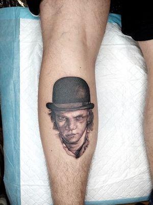 This awesome #portrait of @malcolm_mcdowell from #clockworkorange done by @sfawkestattoos 👌🏼 • #tattoo #tattoos #capetowntattoo #kakluckytattoos #portrait #bnginksociety #stanleykubrick #fineline #tattooed