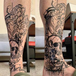 3month healed! Thanks for the pictures! Trash leg tattoo 'memento mori' • • • #abstractart #abstracttattoo #witchinghourtattoo #witchinghourNL #dermadonna #dermadonnacustomtattoos #trashtattoo #amsterdamblackwork #blackworktattoo #blackworkers #bobbygrey #mementomori #skull #legtattoo #amsterdamtattoo #art #instaart #onlythedarkest #onlyblackink #chaostattoo #inkjectapro #amsterdamsouvenir #onlyblackwork #onlyblacktattoos #blackworktattooNL #dutchtattooers #redlightdistrict #darktattooartist #darktattoos #bbblackwork