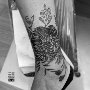 Floral cover-up/band for Clemy  - Thx for the trust. - #тату #цветы #квіти #trigram #tattoo #flowers #inkedsense