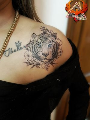#tigeress #tattoo #tigeresstattoo #tattooforgirls #inkedgirls #shouldertattoo #forgirl #tattooedgirls #tiger #tigertattoo #shadingtattoo #realismtattoo #realistictattoo #colarbonetattoo #breasttattoo #chesttattoo #girlslove #girly #tigereye #coloured #besttattooartistchandigarh #trycity #flowers #leaf #strongwomen #womenpower #artwork #tattoodesign #phoenixtattoo
