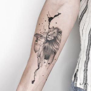 Lion / Jungle / Savannah Tattoo Dotwork