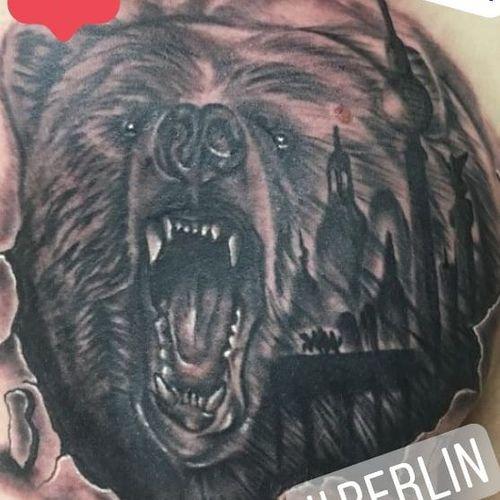Mal ein anderer #berlinbear Nächste Woche noch Termine... Infos wie immer 017627112764 auch WhatsApp... http://crazy-ink-tattoo.de #tattoo #tattoos #berlin #tattooberlin #berlintattoo #tattoomoabit #crazyink #crazyinkberlin #crazyinktattoo #crazyinktattooberlin #instagood #nofilter #photooftheday #inked #tat #tattooed #tattoist #tatted #instatattoo #bodyart #tatts #tats #amazingink #tattedup #beartattoo #animaltattoo #chesttattoo #realistictattoo #blackngrey