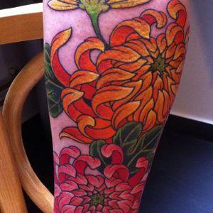 #chrysanthemum #chrisgarver #flowertattoo #japanestattoo