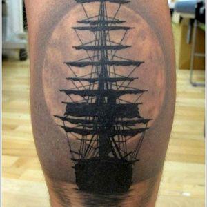 #blackandgrey #blackwork #ship #moon #Brucius